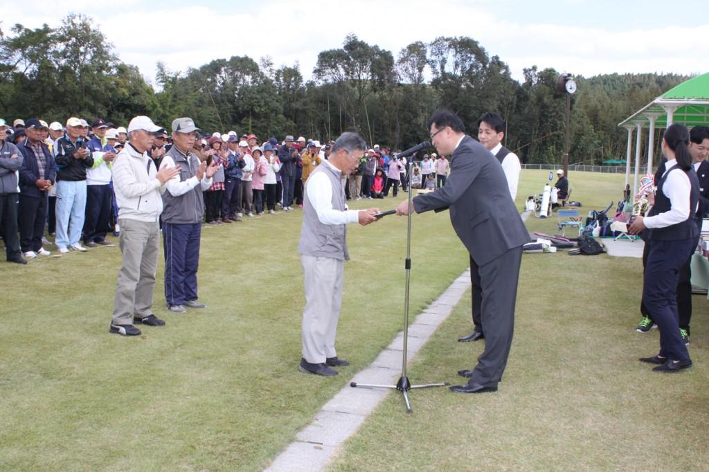 H30-10-28-博善社互助会員グラウンドゴルフ大会-優勝